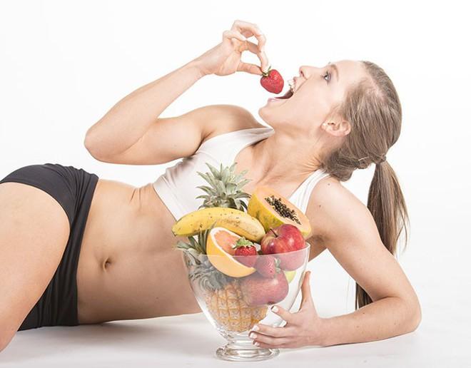 10 loại trái cây và rau giúp giảm cân hiệu quả sau Tết - Ảnh 1.