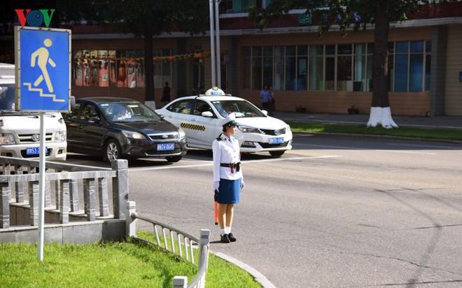 Ngỡ ngàng với mạng lưới giao thông đồng bộ ở Bình Nhưỡng (Triều Tiên) - Ảnh 12.