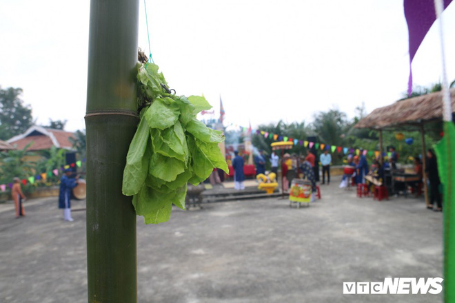 Độc đáo lễ hội Cầu Bông ở làng rau sạch lớn nhất miền Trung - Ảnh 3.