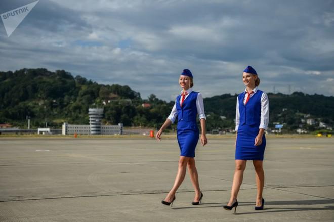 Ảnh: Nhan sắc ngọt ngào của các nữ tiếp viên hàng không Nga và Xô viết - Ảnh 6.