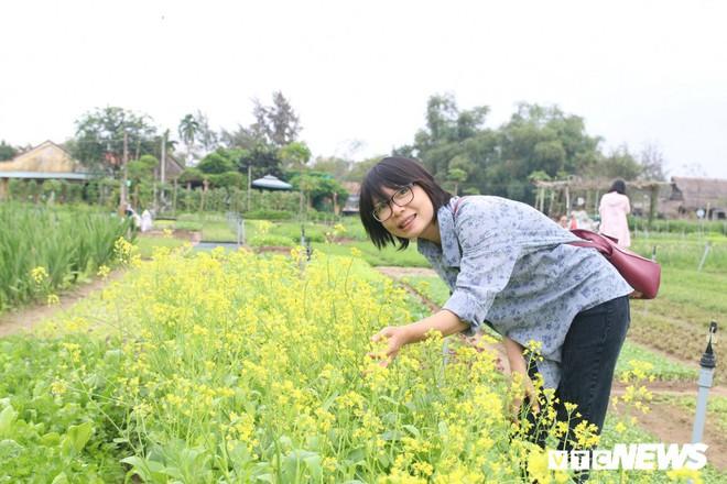 Độc đáo lễ hội Cầu Bông ở làng rau sạch lớn nhất miền Trung - Ảnh 7.