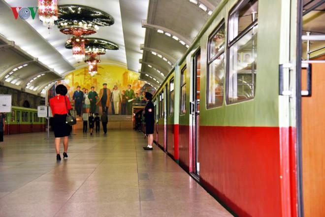 Ngỡ ngàng với mạng lưới giao thông đồng bộ ở Bình Nhưỡng (Triều Tiên) - Ảnh 9.