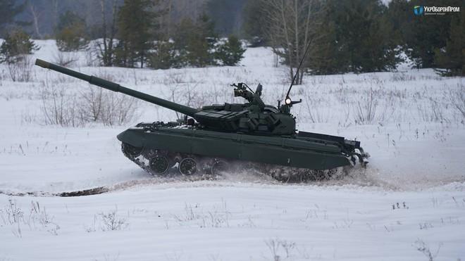 Chuyên gia Nga thừa nhận xe tăng T-64BM Ukraine vượt trội T-72B3 - ảnh 2
