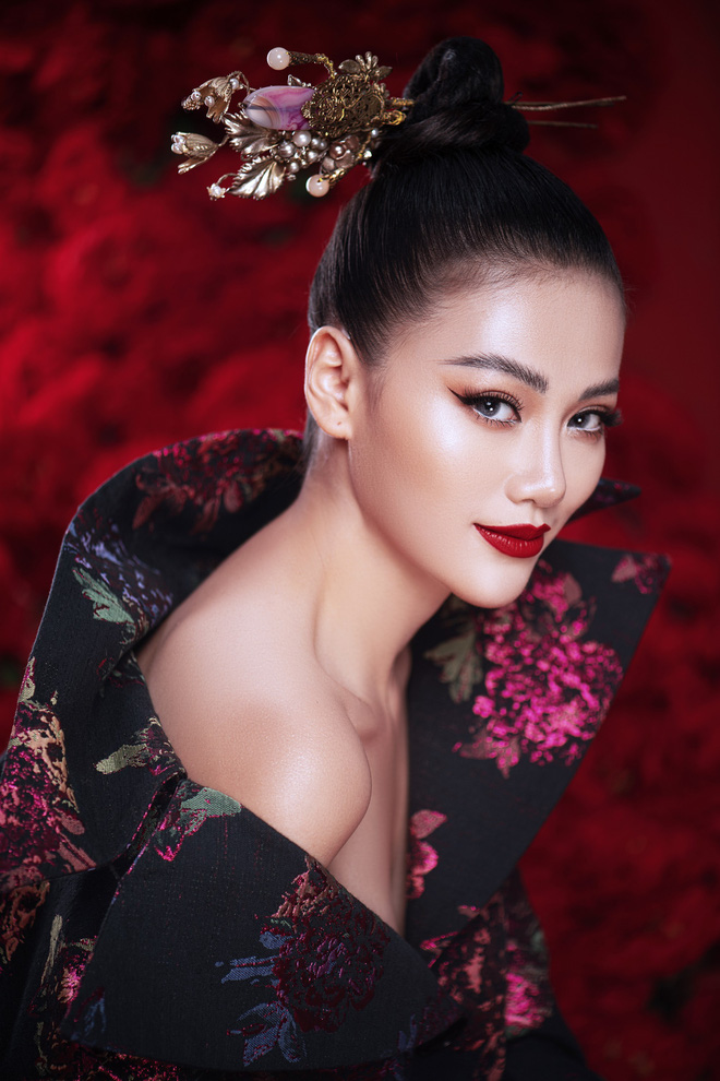 Hoa hậu Trái đất Phương Khánh khoe vai trần quyến rũ - ảnh 12
