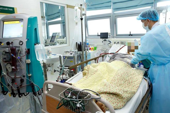 PGS.TS BV Bạch Mai: 4 triệu chứng cảnh báo nguy hiểm tính mạng khi mắc cúm mùa - Ảnh 1.