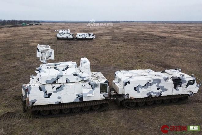 Quái thú Tor-M2DT của Hạm đội Phương Bắc Nga thị uy tại Bắc Cực - ảnh 1