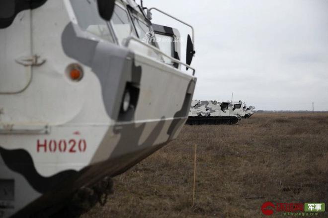 Quái thú Tor-M2DT của Hạm đội Phương Bắc Nga thị uy tại Bắc Cực - ảnh 3