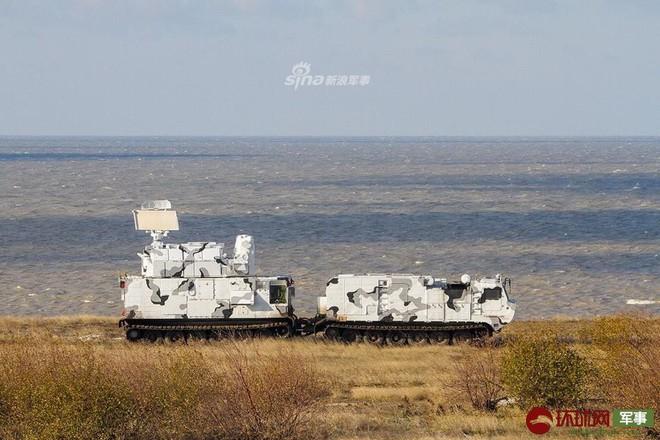 Quái thú Tor-M2DT của Hạm đội Phương Bắc Nga thị uy tại Bắc Cực - ảnh 4