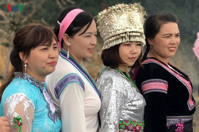 Tưng bừng sắc xuân trong lễ hội Gầu Tào - Ảnh 13.