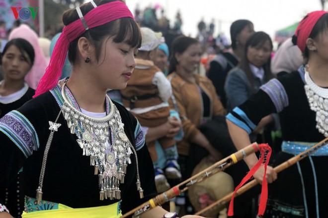 Tưng bừng sắc xuân trong lễ hội Gầu Tào - Ảnh 14.