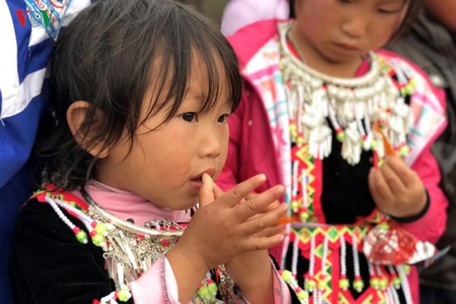 Tưng bừng sắc xuân trong lễ hội Gầu Tào - Ảnh 15.