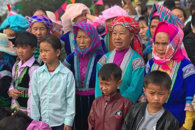 Tưng bừng sắc xuân trong lễ hội Gầu Tào - Ảnh 6.