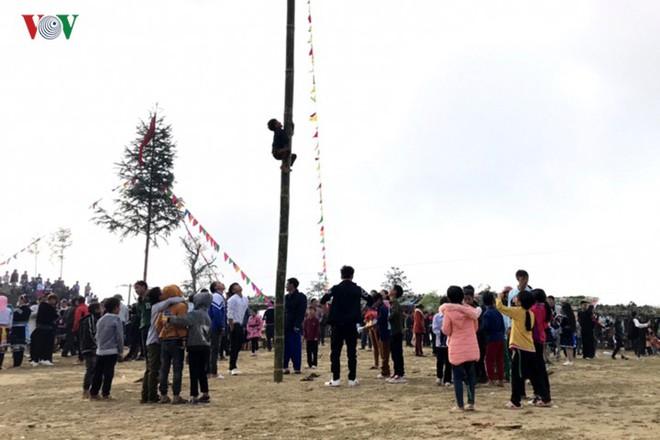 Tưng bừng sắc xuân trong lễ hội Gầu Tào - Ảnh 8.