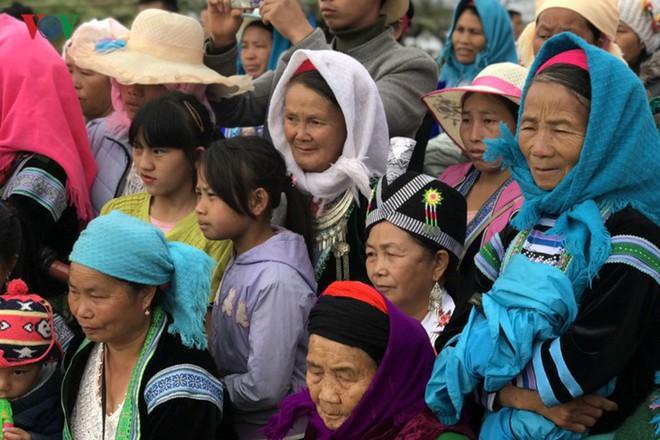 Tưng bừng sắc xuân trong lễ hội Gầu Tào - Ảnh 9.