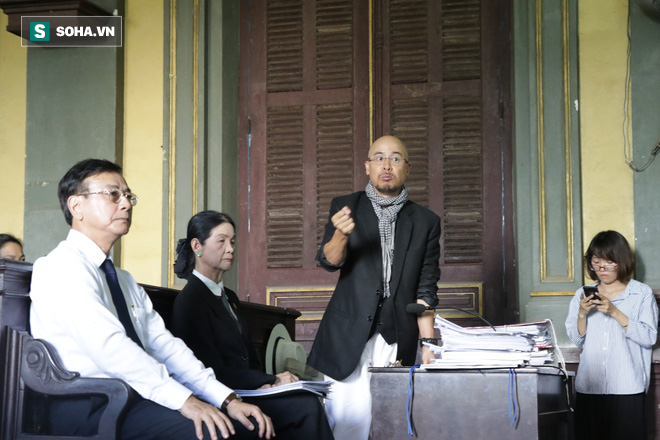 Bà Lê Hoàng Diệp Thảo bất ngờ đề nghị hàn gắn với ông Đặng Lê Nguyên Vũ tại tòa xử ly hôn - Ảnh 3.