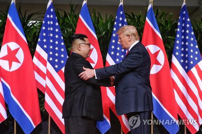 Lý do khuôn khổ hội nghị thượng đỉnh ở Hà Nội giúp 2 ông Trump-Kim dễ đạt được đột phá - Ảnh 2.