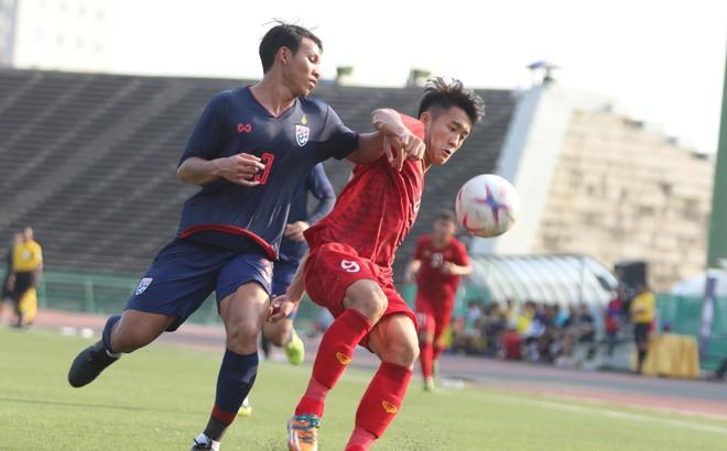 Ép sân nghẹt thở, U22 Việt Nam hiên ngang vào bán kết, đẩy Thái Lan gặp Campuchia