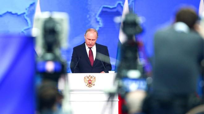 Thông điệp liên bang 2019: Khoe hàng loạt siêu vũ khí, TT Putin cảnh báo không kẻ nào có thể gây sức ép với nước Nga - Ảnh 3.