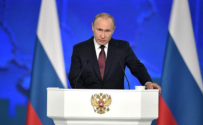 Thông điệp liên bang 2019: Khoe hàng loạt siêu vũ khí, TT Putin cảnh báo không kẻ nào có thể gây sức ép với nước Nga - Ảnh 1.