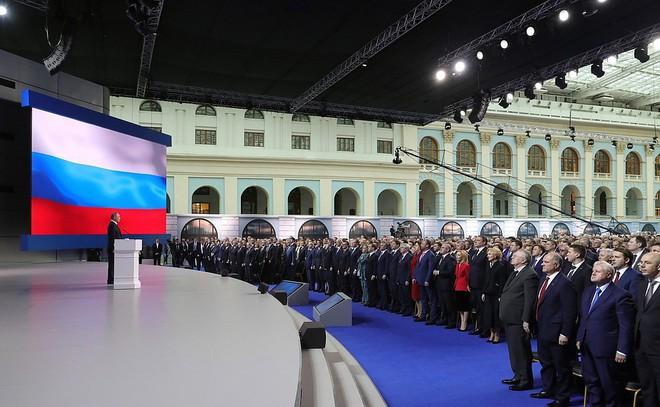 Thông điệp liên bang 2019: Khoe hàng loạt siêu vũ khí, TT Putin cảnh báo không kẻ nào có thể gây sức ép với nước Nga - Ảnh 5.