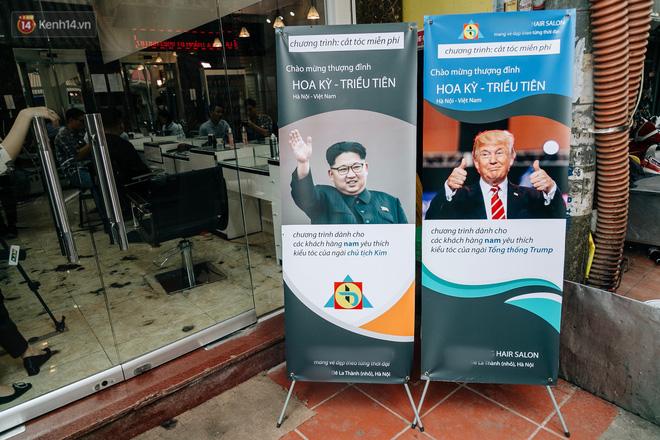 Người Hà Nội rủ nhau đi cắt miễn phí kiểu tóc giống Tổng thống Donald Trump và nhà lãnh đạo Kim Jong-un - Ảnh 2.