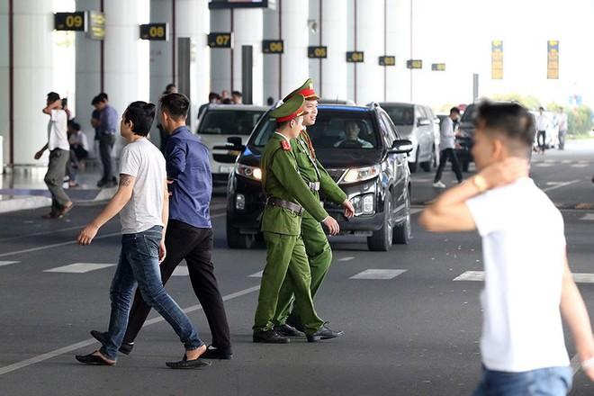 Bên trong khu an ninh sân bay Nội Bài trước thượng đỉnh Mỹ - Triều - Ảnh 1.