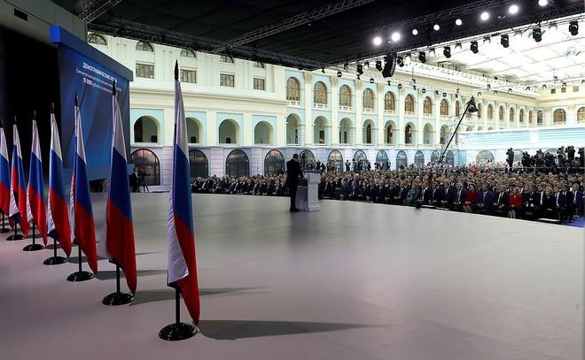 Thông điệp liên bang 2019: Khoe hàng loạt siêu vũ khí, TT Putin cảnh báo không kẻ nào có thể gây sức ép với nước Nga - Ảnh 4.