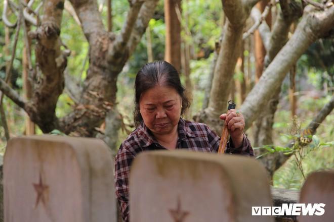 Ảnh: Người thương binh hơn 20 năm cặm cụi chăm sóc khu tưởng niệm liệt sĩ Triều Tiên ở Bắc Giang - Ảnh 11.
