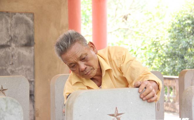 Ảnh: Người thương binh hơn 20 năm cặm cụi chăm sóc khu tưởng niệm liệt sĩ Triều Tiên ở Bắc Giang