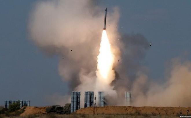 """Nga: Máy bay sát thủ của Israel """"không có cửa sống"""" trước S-300, S-400"""