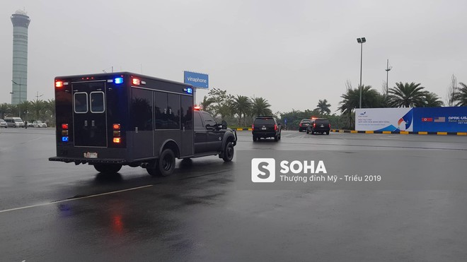 [ẢNH] Siêu xe The Beast của TT Trump cùng dàn xe đặc chủng hầm hố trên đường phố Hà Nội - Ảnh 5.