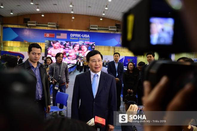 [ẢNH] Khai trương trung tâm báo chí quốc tế phục vụ thượng đỉnh Mỹ-Triều lần 2 tại Hà Nội - Ảnh 3.