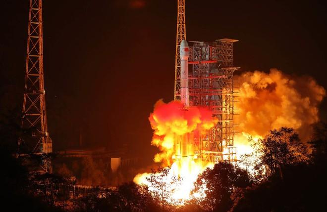 Bloomberg: Trung Quốc ôm mộng thống trị không gian thế kỷ 21 - Sao có thể thành! - Ảnh 1.