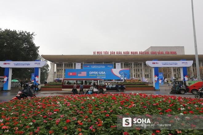[ẢNH] Khai trương trung tâm báo chí quốc tế phục vụ thượng đỉnh Mỹ-Triều lần 2 tại Hà Nội - Ảnh 7.