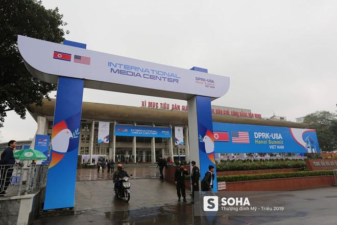[ẢNH] Khai trương trung tâm báo chí quốc tế phục vụ thượng đỉnh Mỹ-Triều lần 2 tại Hà Nội - Ảnh 8.