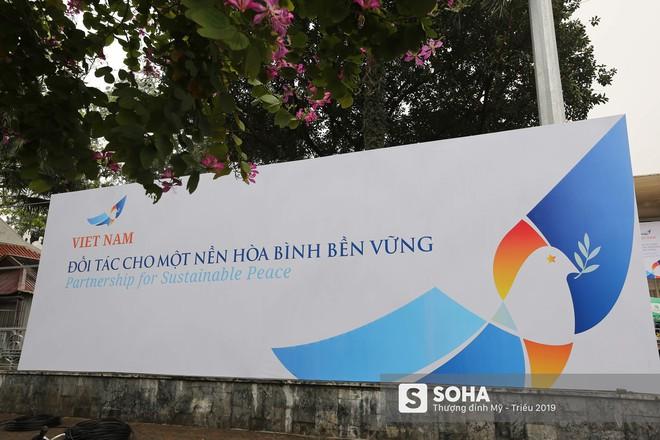 [ẢNH] Khai trương trung tâm báo chí quốc tế phục vụ thượng đỉnh Mỹ-Triều lần 2 tại Hà Nội - Ảnh 10.