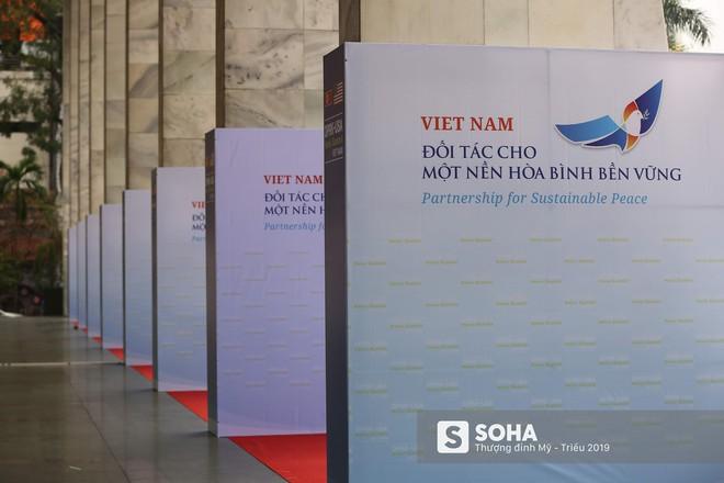 [ẢNH] Khai trương trung tâm báo chí quốc tế phục vụ thượng đỉnh Mỹ-Triều lần 2 tại Hà Nội - Ảnh 12.