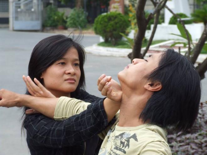 Nữ cao thủ cơ bắp, đánh nhừ tử Hai Phượng Ngô Thanh Vân là ai? - Ảnh 4.