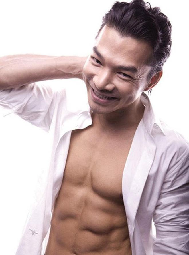 Showbiz Việt: Ngỡ ngàng với body của loạt sao nam U50 - ảnh 11