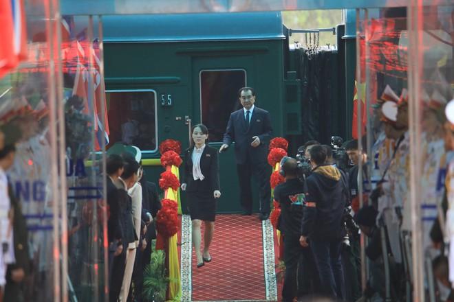 Em gái ông Kim Jong Un - người được mệnh danh bóng hồng quyền lực có gì đặc biệt? - Ảnh 2.