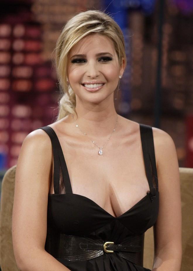 Ái nữ nổi tiếng nhất của Tổng thống Trump nóng bỏng cỡ nào? - Ảnh 12.
