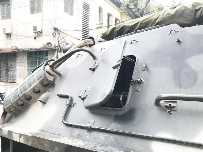Cận cảnh dàn xe thiết giáp bảo vệ Chủ tịch Kim Jong Un khi tới Hà Nội - Ảnh 7.