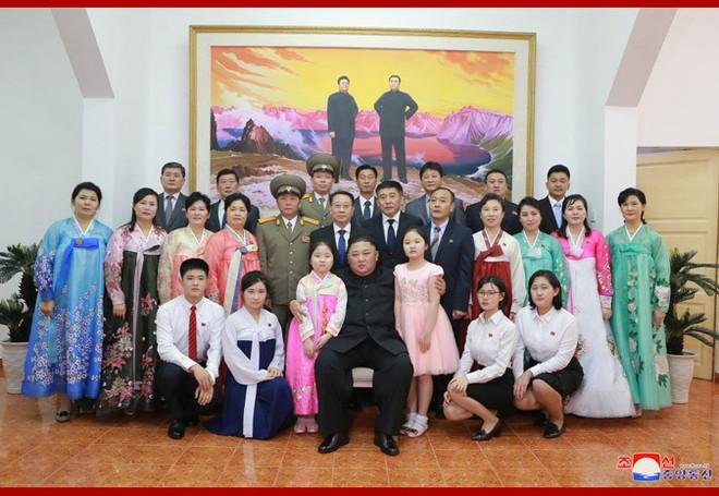 Ngay khi đặt chân đến Hà Nội, ông Kim Jong Un đã nghe báo cáo về hội nghị thượng đỉnh Mỹ Triều lần 2 - Ảnh 1.