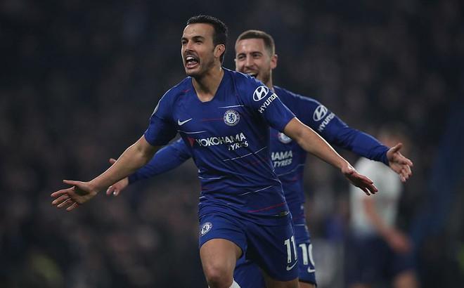 Đồng loạt chiến thắng, Arsenal và Chelsea gieo sầu cho Man United