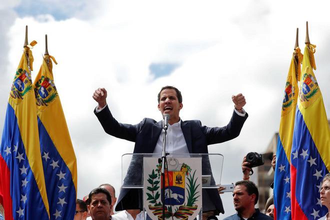 Venezuela: Trong đối đầu, ngoài chi phối và 3 lí do cản trở Mỹ can thiệp quân sự giúp ông Guaido - Ảnh 1.