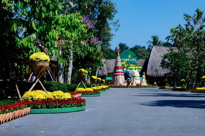 Đâu phải đi trốn, vẫn có cách để tận hưởng chuyến du lịch đầu năm sang chảnh mà vẫn đậm đà vị Tết Việt - Ảnh 9.