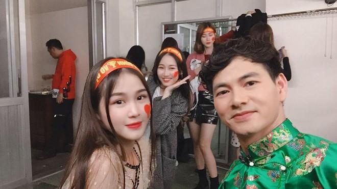 Dàn hot girl đi bão trong Táo Quân 2019 bị chê, Linh Trang: Sự xuất hiện của chúng tôi không vô duyên - ảnh 2