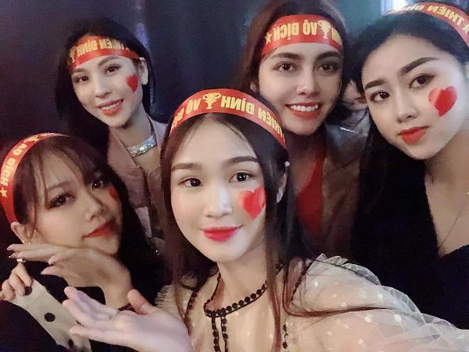 Dàn hot girl đi bão trong Táo Quân 2019 bị chê, Linh Trang: Sự xuất hiện của chúng tôi không vô duyên - ảnh 3