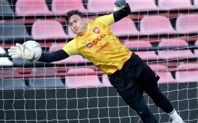 Cựu tuyển thủ U23 Thái Lan ngậm ngùi rời Muangthong sau sự xuất hiện của Đặng Văn Lâm
