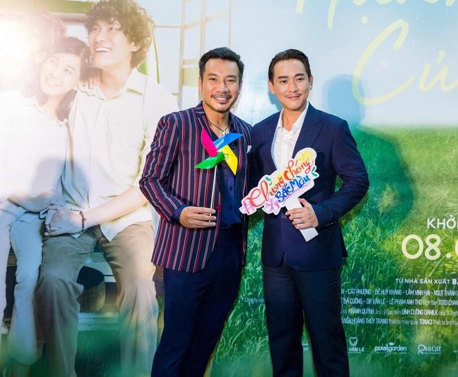 Ngôi sao Thái thu hút sự chú ý khi xuất hiện tại buổi ra mắt phim Hạnh phúc của mẹ - ảnh 3